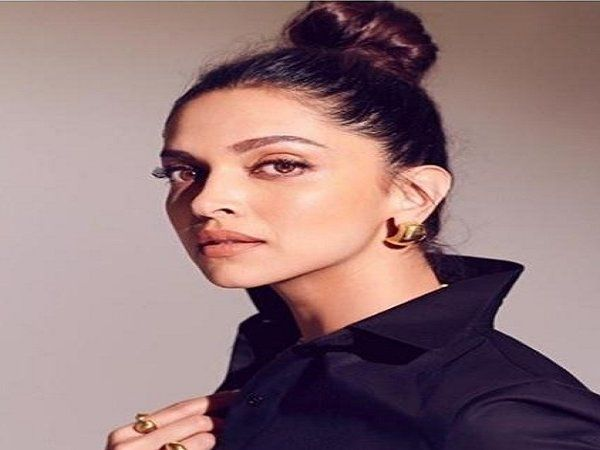 deepika padukone auctions her wardrobe for charity gets sold out within 2 hours ranveer singh